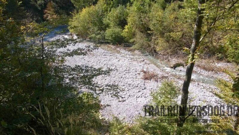 Man sieht, der Rosenbach ist nicht immer ein so kleiner Fluß.