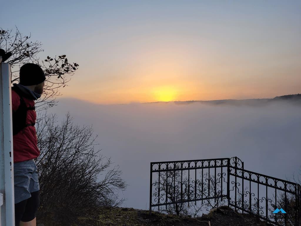 Der Moselsteig im Nebel